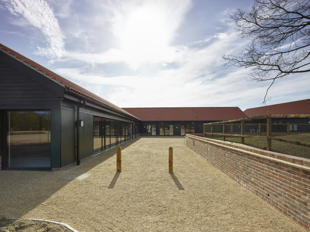 LSI_Architects_Hadleigh_Park_Visitor_Centre_02